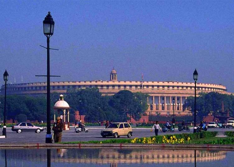 संसद का शीतकालीन सत्र 18 नवंबर से 13 दिसंबर तक