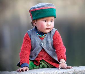 हिमाचली टोपी की अपनी शान, अपने हों या हों मेहमान