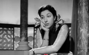 'मदर इंडिया' में राधा की भूमिका के लिए नर्गिस को फिल्म फेयर सहित कई पुरस्कार मिले
