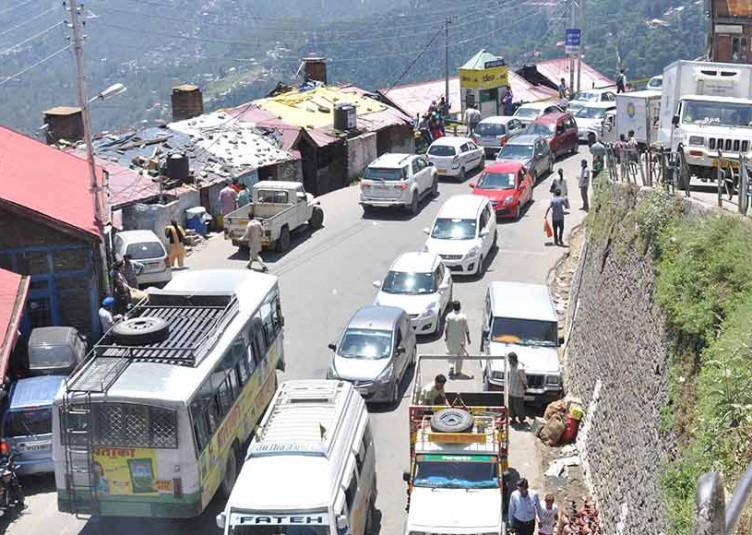 शिमला आने वाले सैलानियों को मिलेगी मुफ्त पार्किंग की सौगात