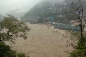 मुसलाधार बारिश से धर्मपुर में मचा तबाही का तांडव