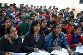 देश भर में 15,000 परीक्षा केंद्रों पर होगी 10वीं और 12वीं की CBSE बोर्ड परीक्षाएं