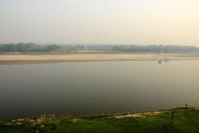 मंत्री और दिल्ली के मुख्यमंत्री यमुना नदी को स्वच्छ करने और इसके कायाकल्प पर एक योजना बनाने पर सहमत