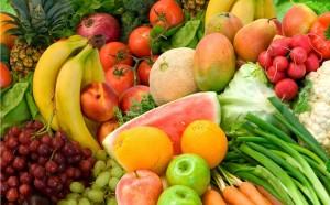 खाने में सलाद और फलों का प्रयोग ज्यादा करना चाहिए
