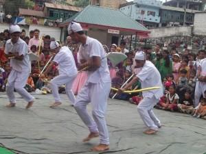 लोक कला और नृत्य शैली का रूप ठोडा
