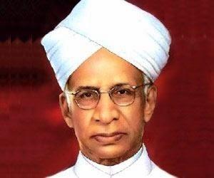 भारत में शिक्षक दिवस भारत के द्वितीय राष्ट्रपति डॉक्टर सर्वपल्ली राधाकृष्णन के स्मृति दिवस के उपलक्ष्य में मनाया जाता है