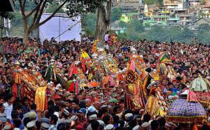 देवी-देवताओं के महासंगम का गवाह बनता है कुल्लू दशहरा