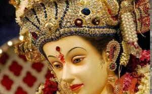 लोगों ने देवी के पिण्डी रूप में दर्शन पाए, देवी जाग्रत शक्ति से सुविख्यात