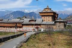 मन्दिर के परिसर में भगवान रघुनाथ, नरसिंह और पाताल भैरव (लांकडा वीर) के अन्य महत्वपूर्ण मन्दिर भी हैं