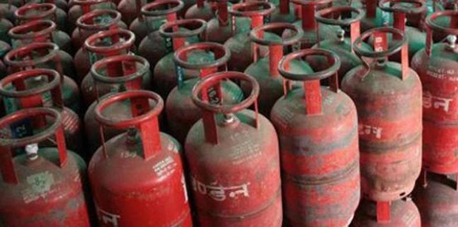 हिमाचल: सस्ता हुआ रसोई गैस सिलिंडर