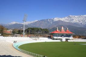 भारत और श्रीलंका की टीमें पहुंची धर्मशाला