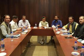 वनमंत्री ने की कर्नाटक राज्य के मध्य हिमालय जलागम परियोजना के अधिकारियों के साथ बैठक