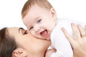 शिशु के दांत निकलने का कष्ट