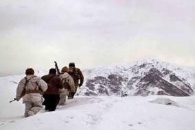 सियाचिन में हिमस्खलन की चपेट में आया सेना का गश्ती दल; एक जवान की मौत, 1 लापता