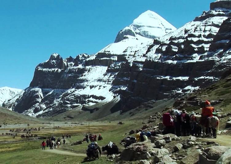 नेपाल में फंसे कैलाश मनसरोवर जा रहे 500 भारतीय तीर्थयात्री