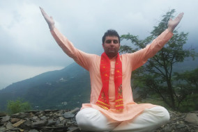 ऊँ उच्चारण से पाएं शारीरिक लाभ : आचार्य महेन्द्र कृष्ण शर्मा