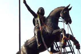 """ईस्ट इंडिया कंपनी के खिलाफ सशस्त्र विद्रोह करने वाली पहली भारतीय शासक """"कित्तूरु की रानी चेन्नम्मा"""""""