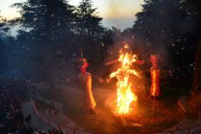 दशहरा महोत्सव जाखू मंदिर में गया धूमधाम मनाया