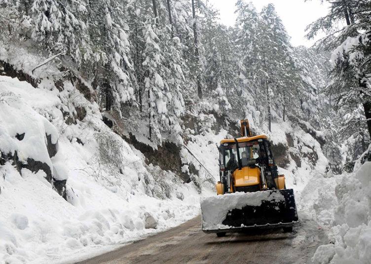 शिमला शहर और ग्रामीण में सभी सड़कें यातायात के लिए खोली