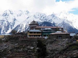 किन्नौर क्षेत्र में सांगला सबसे बड़ा एवं दर्शनीय गांव