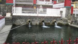 भागसू नाग के प्राकृतिक स्त्रोवर को और मंदिरों को देखा जा सकता है