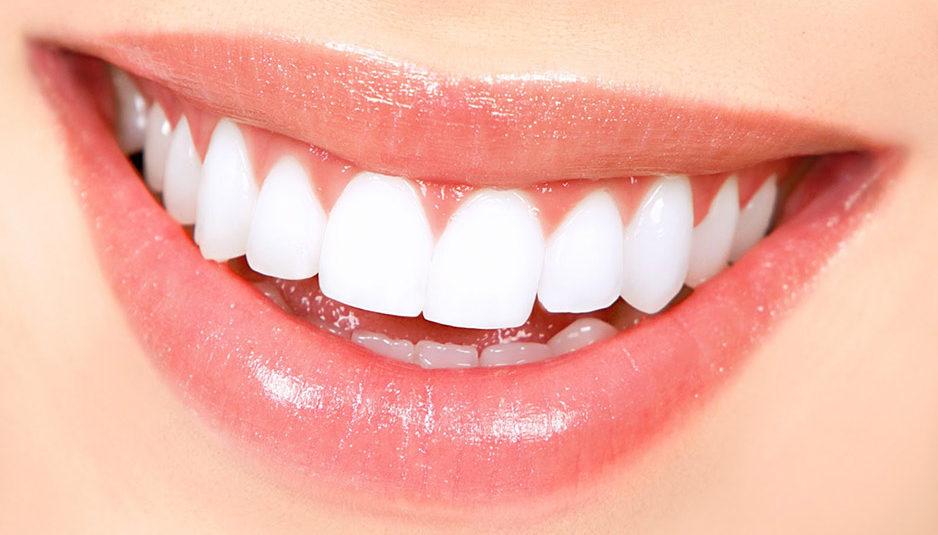 दांतों की सफाई का रखें ख्याल, रोजाना दो बार ब्रश जरूरी