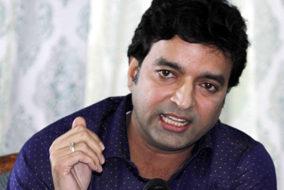 भाजपा नेता अरुण धूमल ने वीरभद्र पर लगाई घोटालों की झड़ी
