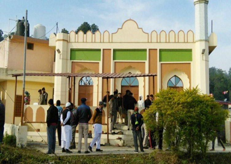 हिमाचल में मस्जिद में धार्मिक ग्रंथ को जलाने से लोगों में तनाव का माहौल
