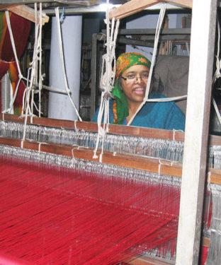 हिमाचली पारम्परिक वस्त्र न केवल प्रदेश में अपितु देश-विदेश में भी लोकप्रिय