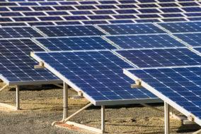 सौर ऊर्जा के दोहन से, रोशनी से जगमगाए दुर्गम क्षेत्र, ऑफ़ ग्रिड सोलर पावर प्लांट बने वरदान
