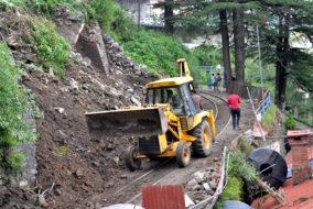 शिमला में पिछले 48 घंटे में रिकॉर्ड तोड़ बारिश, जनजीवन हुआ बेहाल