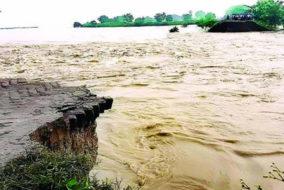 प्रदेश ड्रग्ज निर्माता संघ ने केरल बाढ़ पीड़ितों को भेजी दवाइयां