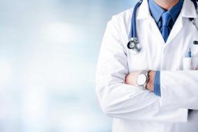 डॉक्टरों को राहत, सरकार ने आधी की पीजी के लिए बैंक गारंटी