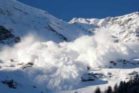 हिमाचल: हिमस्खलन का खतरा, 5 जिलों में अलर्ट जारी