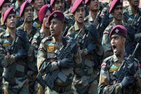 बजट 2019: पहली बार देश का रक्षा बजट बढ़ाकर 3 लाख करोड़ पहुंचा