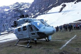 रूपिन दर्रे पर फंसे पर्वतारोही दल के सदस्यों को सफलतापूर्वक निकाला