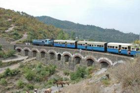 12 घंटे बाधित रहा कालका-शिमला रेल मार्ग