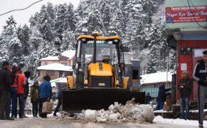शिमला-कुमारसैन वाया नारकंडा सड़क यातायात के लिए खुला