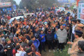हंगामा : सेना भर्ती के लिए आए युवाओं ने चंडीगढ़-धर्मशाला एनएच किया जाम