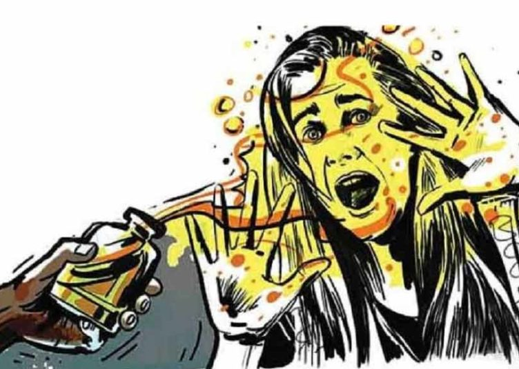 हमीरपुर : युवक ने तीन छात्राओं पर फेंका तेजाब