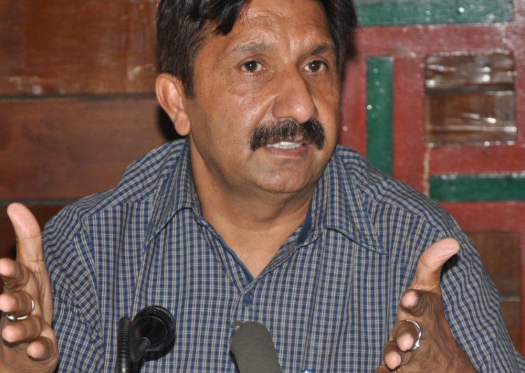 प्रदेश सरकार को ऑनलाइन कार्यक्रम बंद कर कोरोना को कंट्रोलकरने पर काम करना चाहिए :अग्निहोत्री