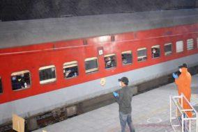 दिल्ली से 271 हिमाचलियों को लेकर एक विशेष रेलगाड़ी ऊना के लिए रवाना