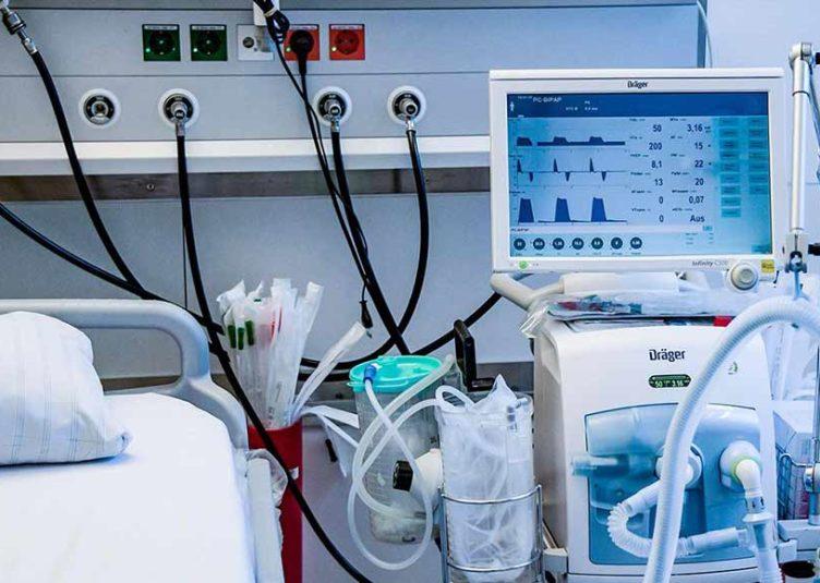 स्वास्थ्य विभाग के पास पर्याप्त मात्रा में उपकरण व दवाइयों का भण्डारणः स्वास्थ्य सचिव