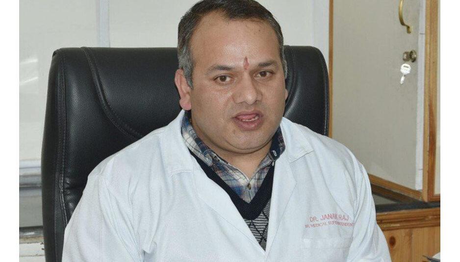 IGMC अस्पताल के वरिष्ठ चिकित्सक अधीक्षक डॉ. जनकराज कोरोना संक्रमित