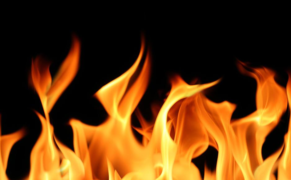 मण्डी: सिलेंडर फटा, जिंदा जला मकान मालिक