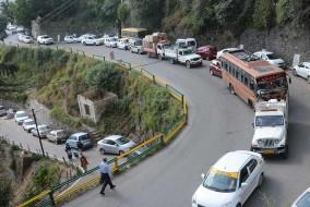 शिवपुरी से सेंट ऐडवर्ड स्कूल तक जाने वाली सड़क वन-वे घोषित