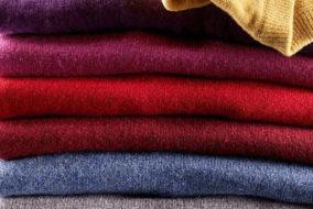 क्लॉथ बैंक में गरीब व जरूरतमंद व्यक्तियों के लिए गर्म कपड़े करें दान