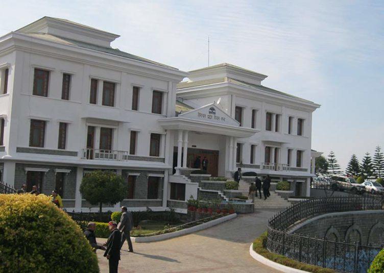धर्मशाला विधानसभा शीत सत्र: दूसरे दिन गर्माया सदन, कांग्रेस विधायकों का सदन से वॉकआउट